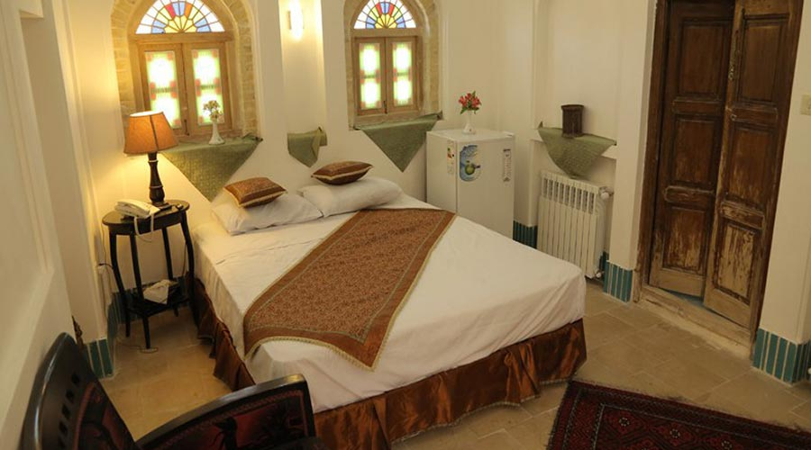 اتاق 7 هتل مهر یزد