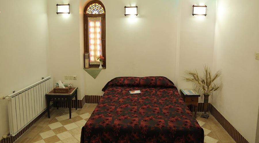 اتاق 8 هتل مهر یزد