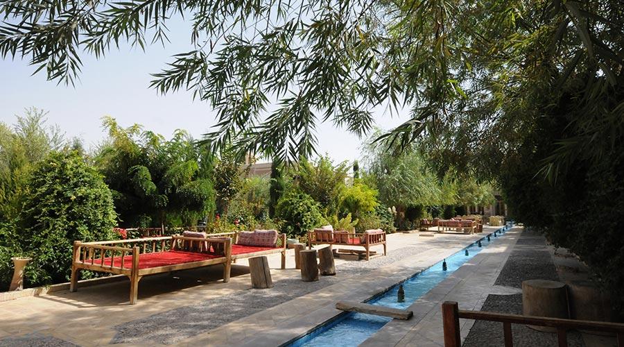 باغ هتل مشیر الممالک یزد