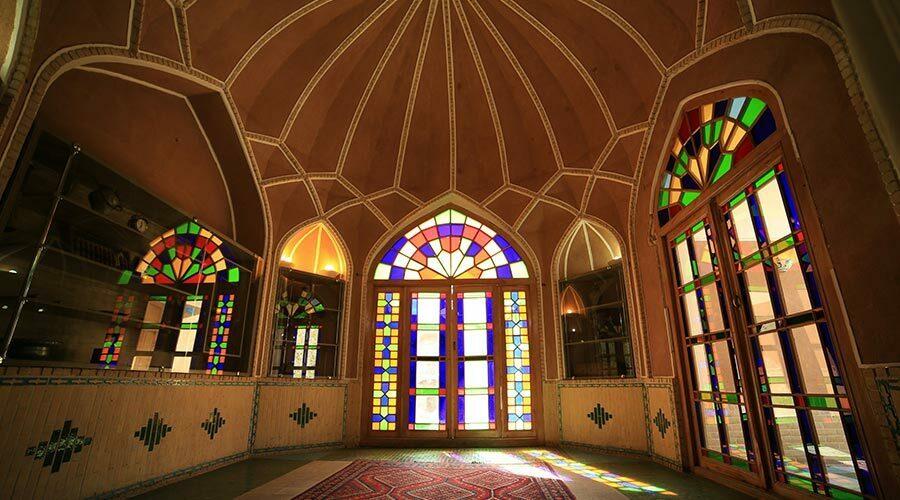 لابی هتل مشیر الممالک یزد
