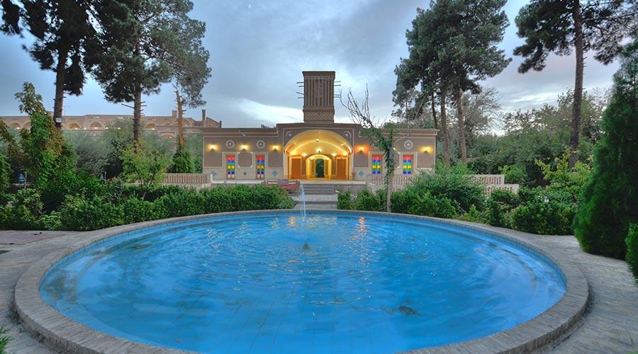 مرکز اصلی رزرو هتل مشیر الممالک یزد