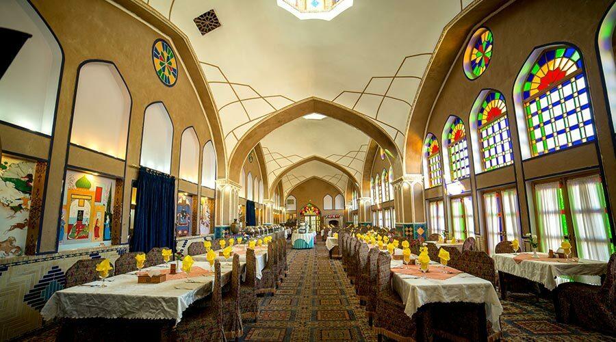 رستوران هتل مشیر الممالک یزد
