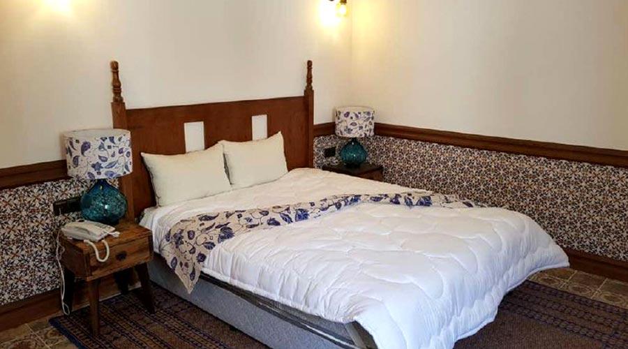 اتاق 7 هتل مشیر الممالک یزد