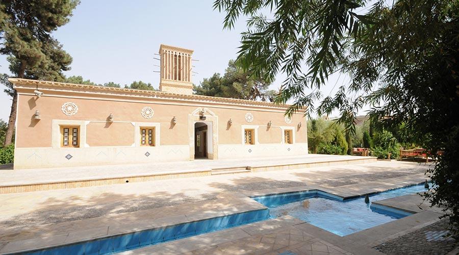 سویئت هتل مشیر الممالک یزد