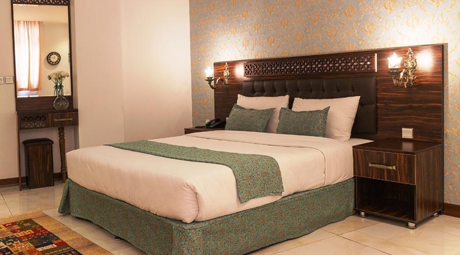 اتاق 3 هتل وکیل شیراز