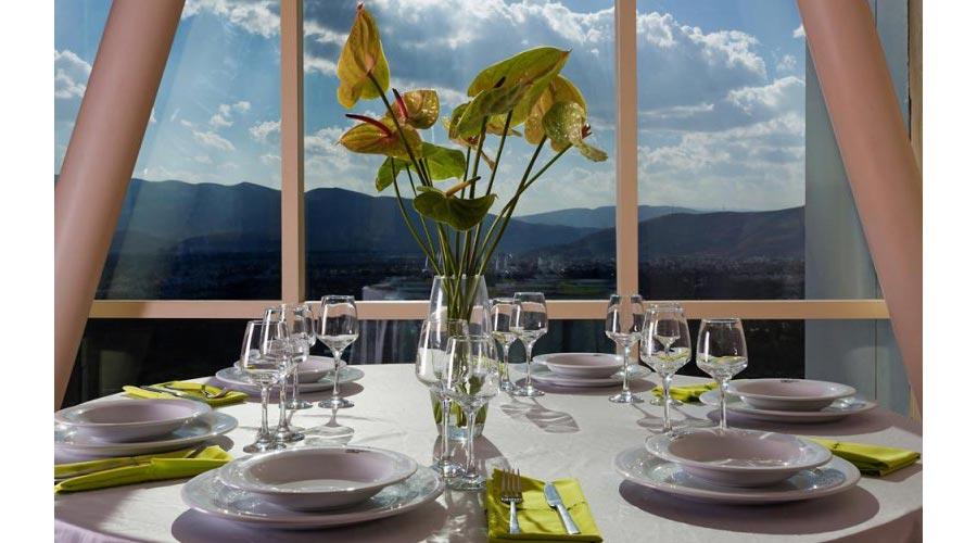 رستوران 2 هتل چمران شیراز