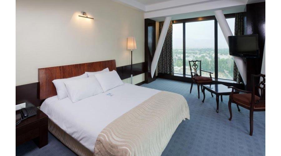 اتاق 1 هتل چمران شیراز