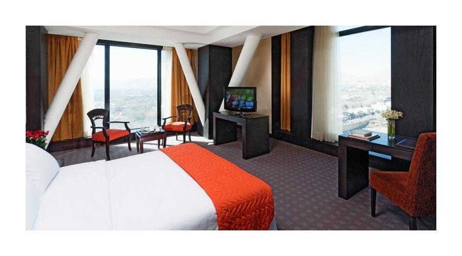 اتاق 2 هتل چمران شیراز