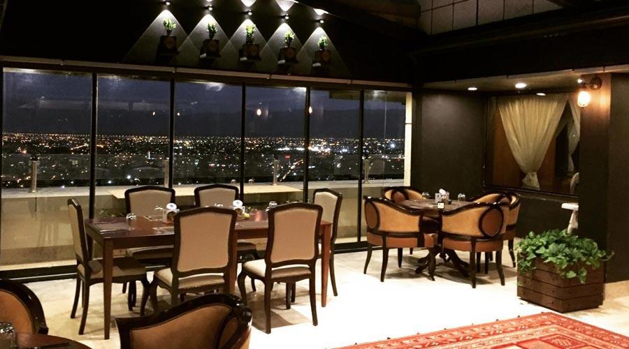 رستوران پانورامیک 2 هتل بزرگ شیراز
