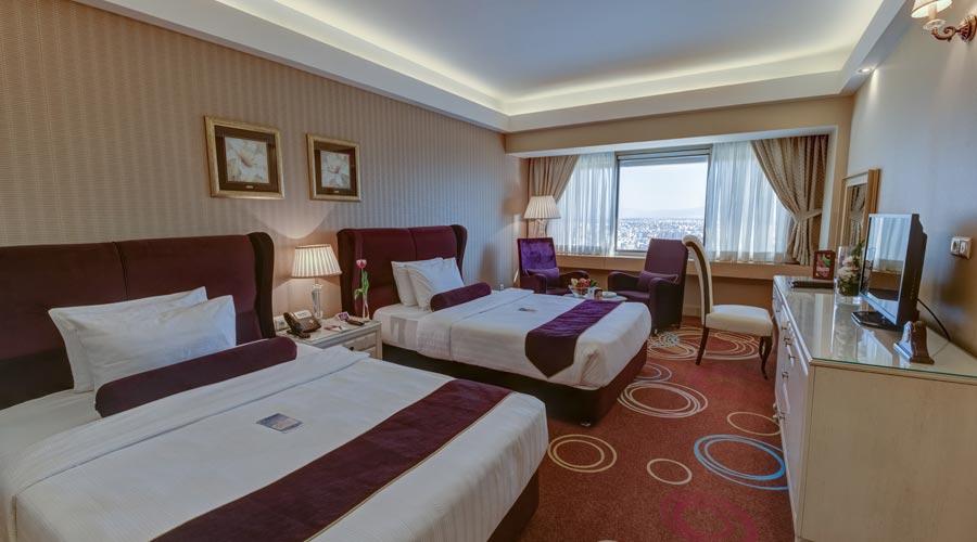 اتاق 3 هتل بزرگ شیراز