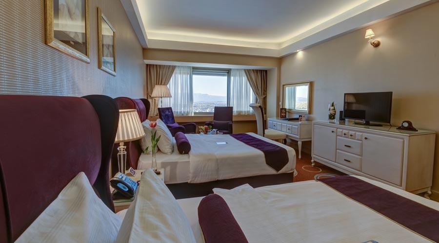 اتاق 4 هتل بزرگ شیراز