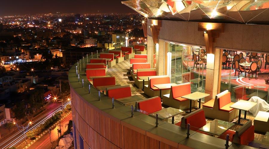 رستوران تراس هتل بزرگ شیراز