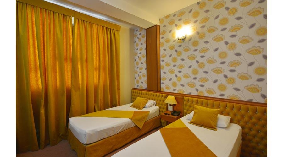اتاق 3 هتل پارک سعدی شیراز