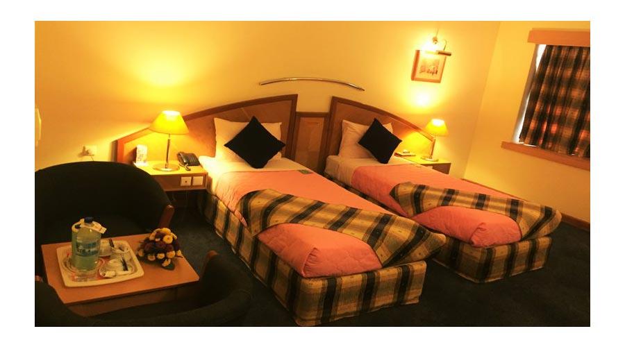 اتاق 3 هتل پارس شیراز