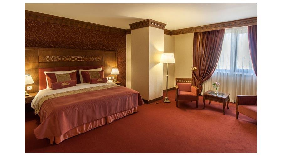 سوئیت لوکس هتل زندیه شیراز