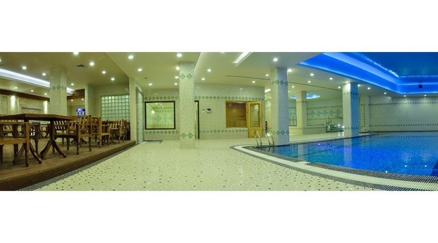 استخر هتل زندیه شیراز