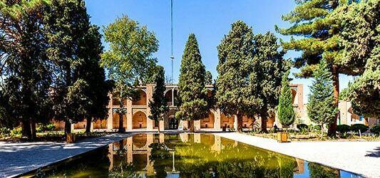 معماری مقبره شاه نعمت الله ولی در کرمان
