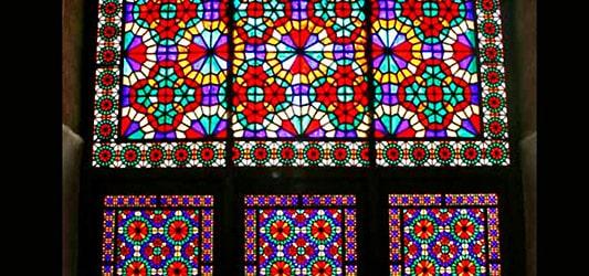 هنر ساخت شیشه های رنگی