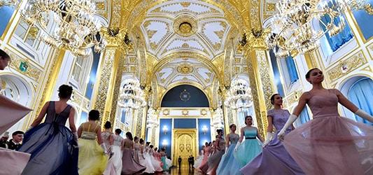 معماری داخل کاخ کرملین
