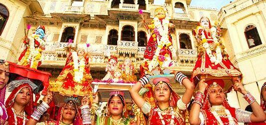 فستیوال گانگور در جیپور هندوستان