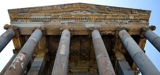 معماری معبد گارنی در ارمنستان
