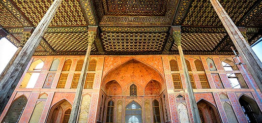 ایوان کاخ عالی قاپو اصفهان