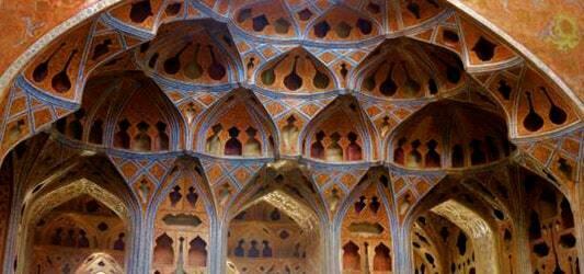 معماری عالی قاپو اصفهان